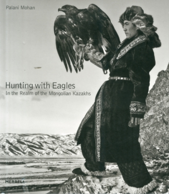 Hunting With Eagles | Dodax.ch