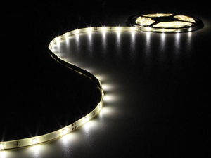 Velleman - Flexible LED-Leiste, Warmweiß, 150 LEDs, 5 m, 12 V (LB12M110WW) | Dodax.ch